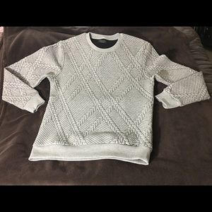 Gently Used Zara quilted grey sweatshirt size L